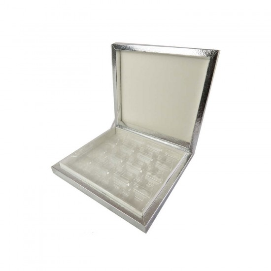 Karton Çikolata Kutusu 16'lı Separatörlü 23.5 X 22.5 CM