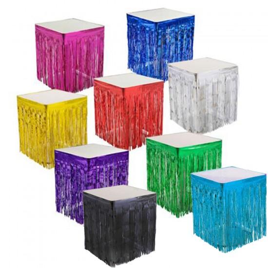 Masa Kenarı Eteği Ve Fon Süsü Metalik Renkli